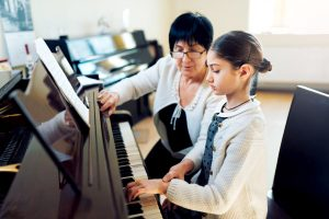 Free piano lessons for every new student